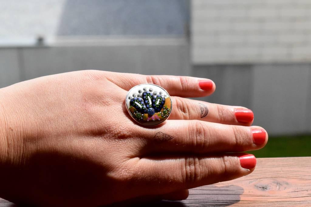 "Cute Clay ""Beauty""- Ring"