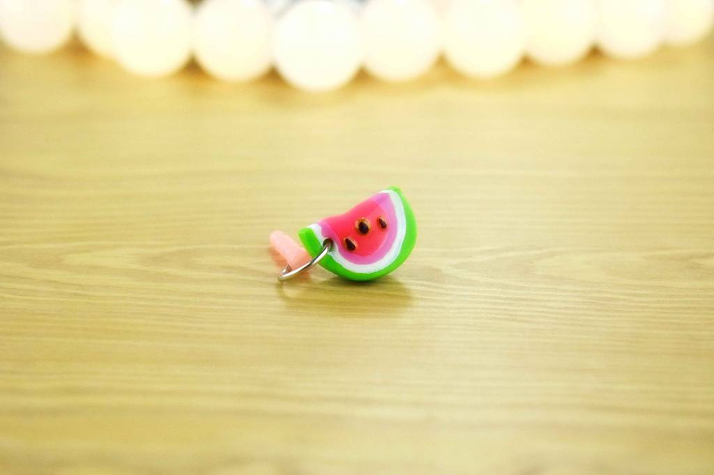 "Cute Clay ""Melonenhälfte I""-Dust Stopper"