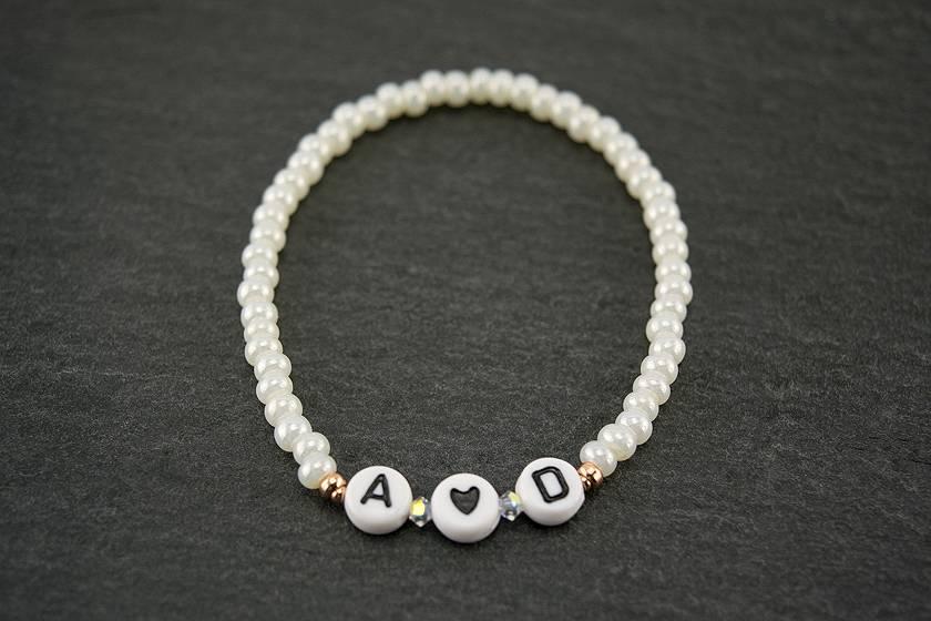 """Cute Clay """"Deine Initialen von dir und?""""-Armband"""