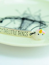 "Cute Clay ""Enjoy the little things"" - Armband mit Mini-Einhorn"