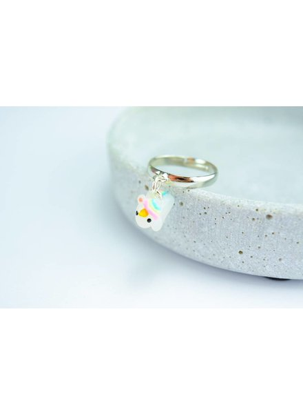 "Cute Clay ""Hanging around unicorn"" - Einhorn-Ring"
