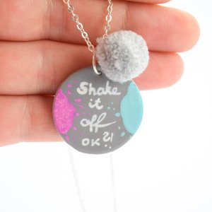 "Cute Clay ""Shake it off ok"" - Spruch-Kette"