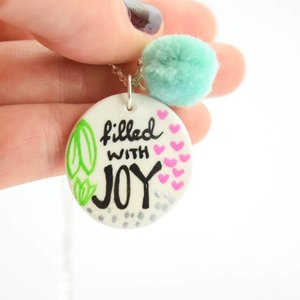 "Cute Clay ""Filled with Joy"" - Spruch-Kette"