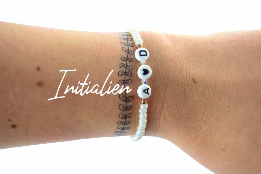 deine initialen von dir und armband i individuelles armband cute clay onlineshop. Black Bedroom Furniture Sets. Home Design Ideas