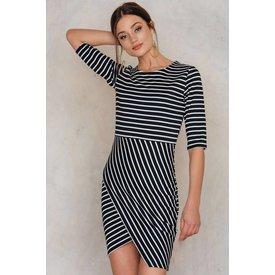 RUT&CIRCLE LISA DRESS BLACK & WHITE!