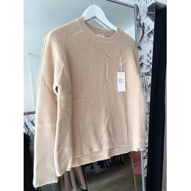 Andy & Lucy BEIGE PAULA PULL!