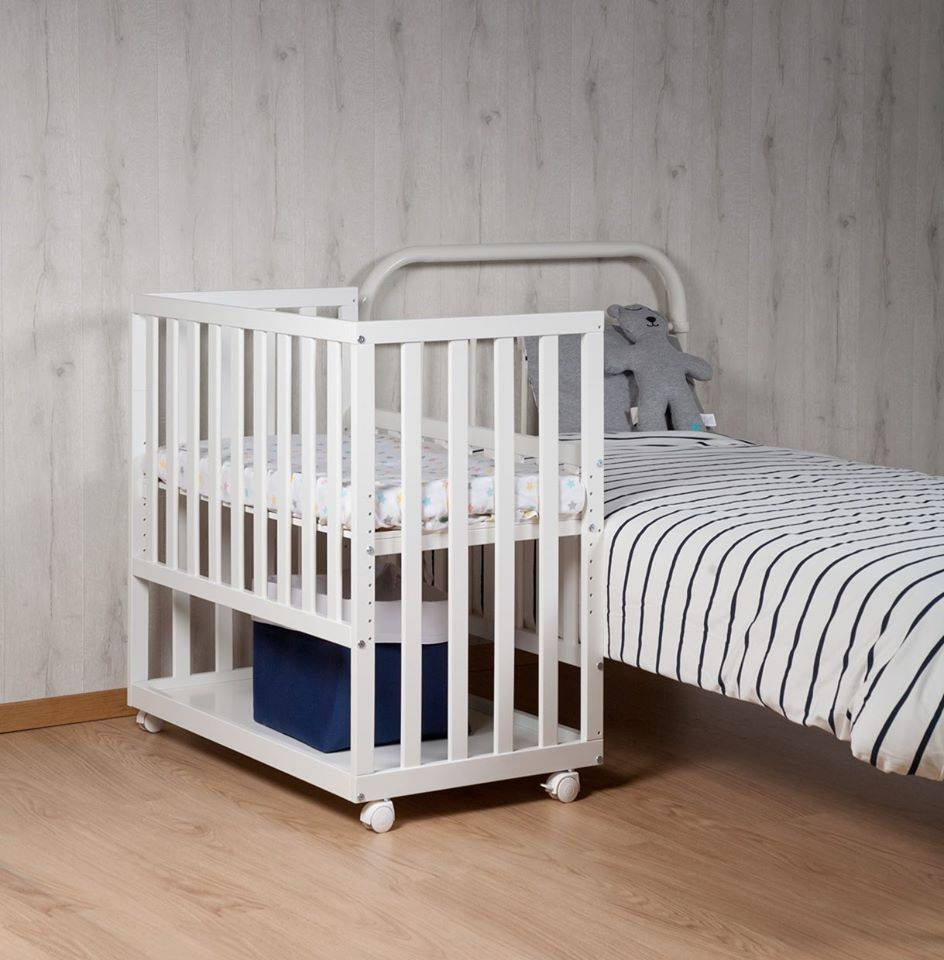 Childhome Childwood co-sleeper + wielen beuk wit