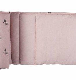 Plum Plum Plum Plum park-bedomranding pink gnome