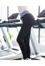 An elegant yoga pants - also suitable as shorts