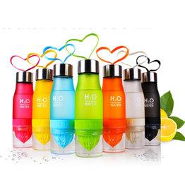 H2O waterfles met fruitfilter