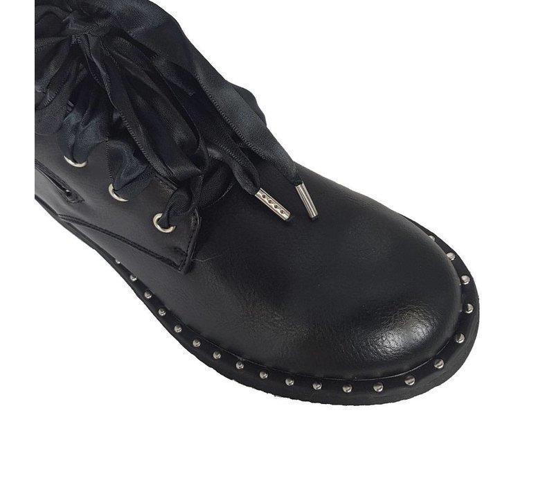 Favourites in black