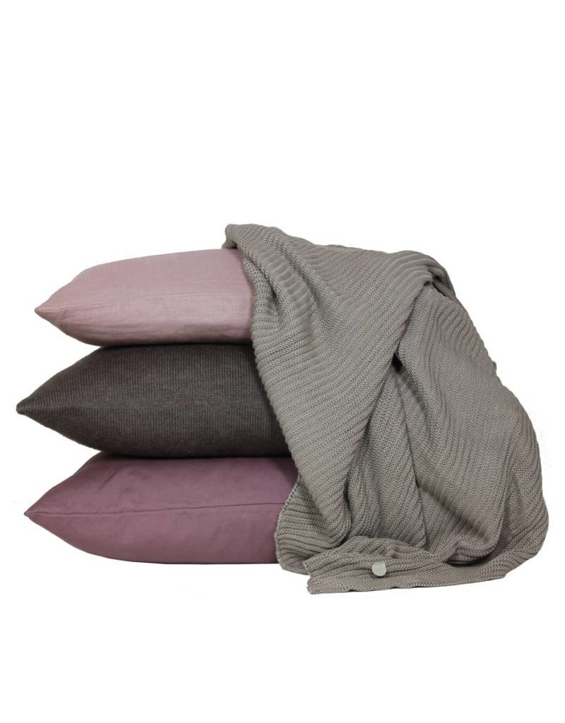 Set Of Cushions And Throw In Brown And Pink Tones