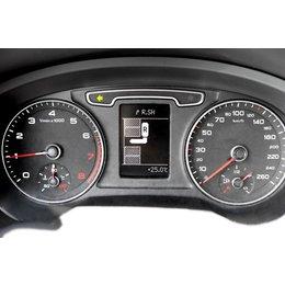 Komplett-Set mit Parkassistent rund um Display Audi Q3