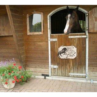 Plaque de cheval: Brun avec blanc - Copy - Copy - Copy - Copy - Copy
