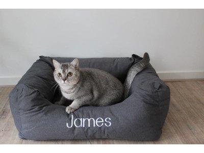 Kattenmand met de naam van je eigen Kat!