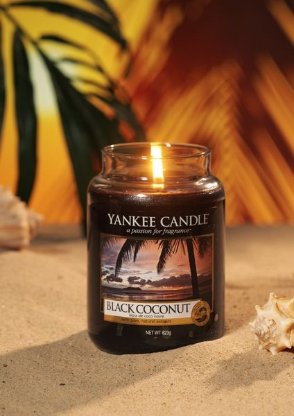 Yanke Candle Black Coconut Large Jar