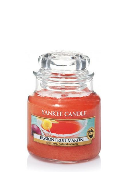 Yankee Candle Yankee Candle Passion Fruit Martini Small Jar