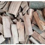 Trockenes Kaminholz - lose oder auf Palette geliefert - Mengenrabatt ab 3 SRM