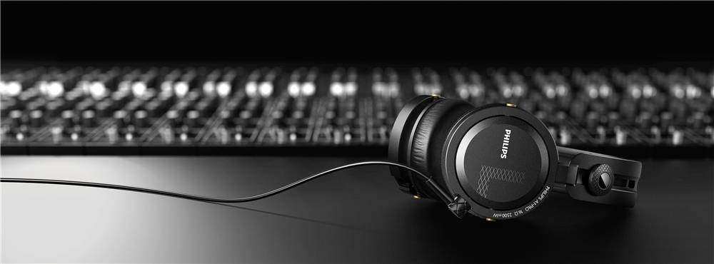 Armin van Buuren - Philips A1PRO Headphone