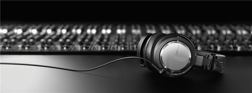 Armin van Buuren - Philips A3PRO Headphone