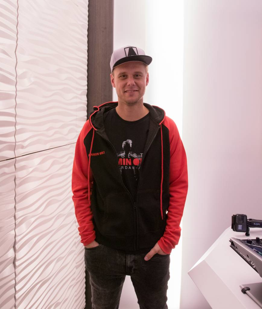 Armin van Buuren Armin van Buuren - The Best Of Armin Only - Jacket
