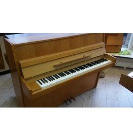 Solton Solton • Mod.110 • Klavier