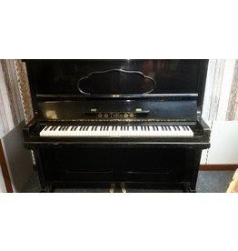 Thein Thein • Mod. 133 • Klavier