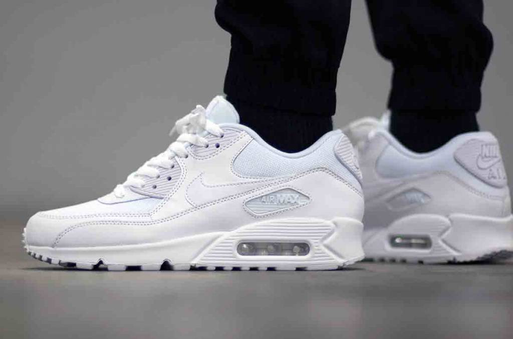 online store 765b7 3108d ... best price nike air max 90 essential 537384 111 99355 7899b