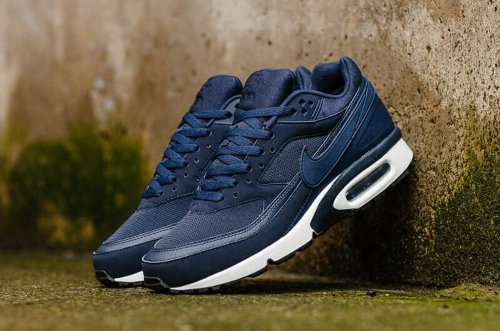 3af65fef4b Navy Nike Air Max BW - Sizes 10 and up - Tenandup .