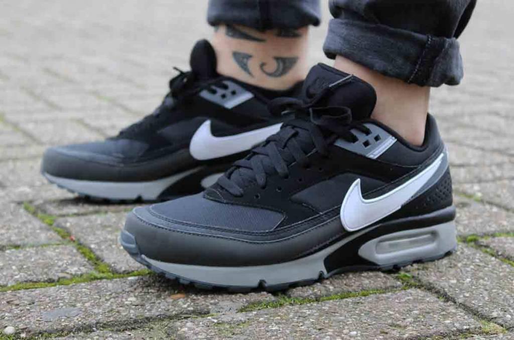 Nike Nike Air Max BW (Black/White-Wolf Grey) 881981-006