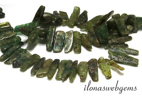 Green apatite obelisks