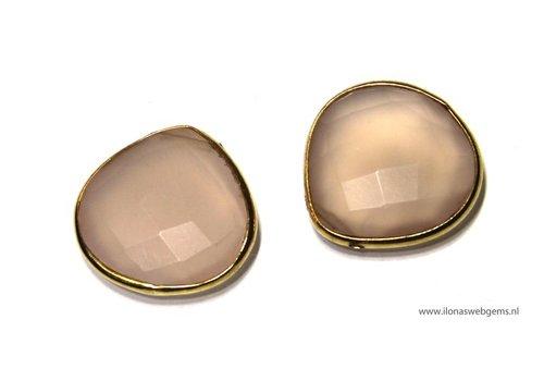 Pink Chalcedoon facet bead with vermeil