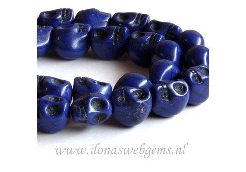 Howlite beads skulls kobalt app. 13mm