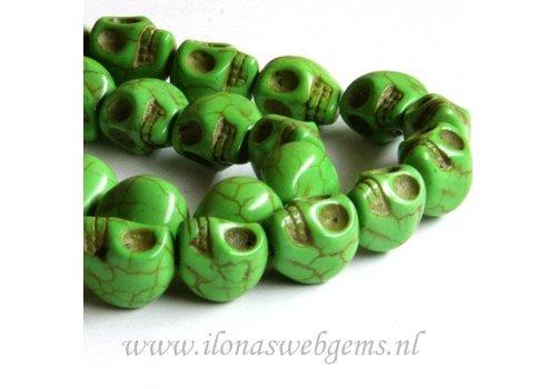 Howlite beads skulls green app. 13mm