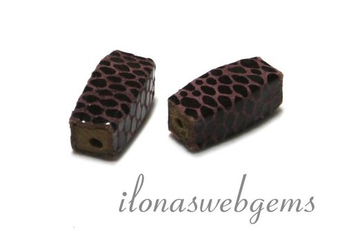 Echt leren / lether bead brown - pink app. 25x10mm