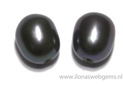 1 pair of freshwater pearl half drilled