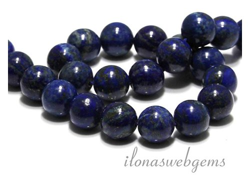1 lapis lazuli bead around 16mm