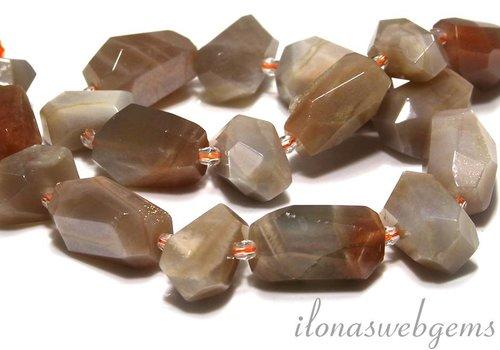 Maansteen kralen free shape ca. 20-23x11-15mm