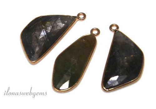 Set 3 pieces with faceted Sapphire