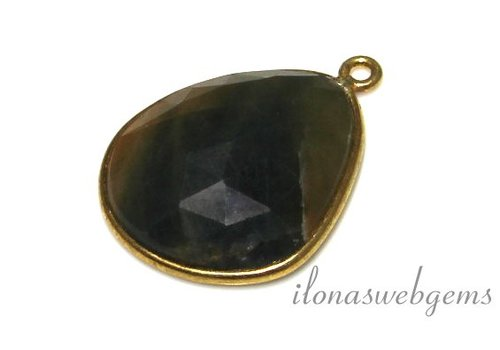 Vermeil pendant with blue and yellow sapphire facet