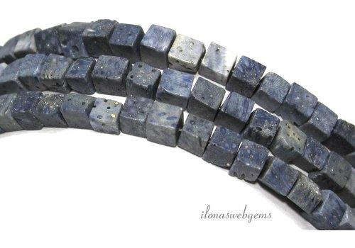 Blaue Korallenperlen Würfel 5.5mm
