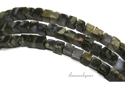 Blue Riolite beads kubusca. 4mm