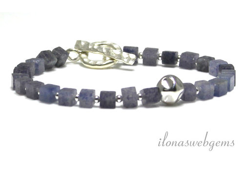 Inspiratie armband: Blauwe Aventurijn, kapittelslot, nugget kraal