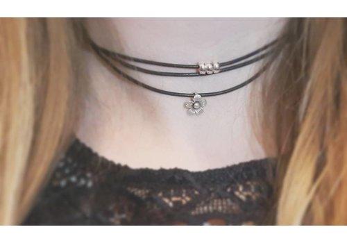 Inspiriert Halskette: Lederband, Silber Rondell, Bergvolk Blume