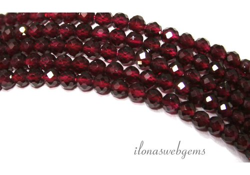 Granat Perlen facettiert rund 4mm Klasse AA