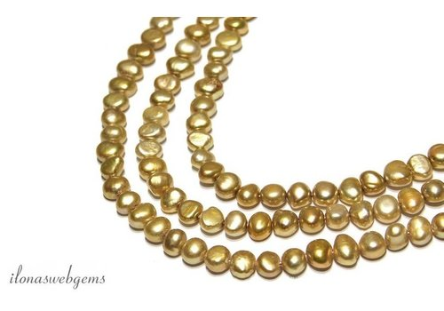 Baroque pearls app. 8x6mm