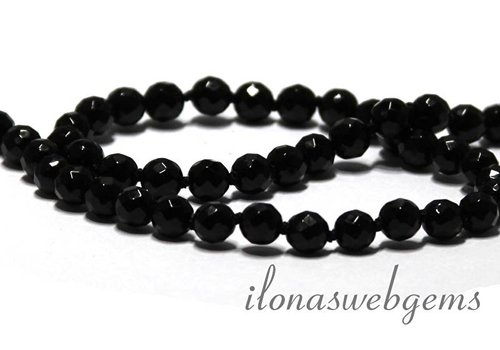 Onyx beads faceted 8mm round ca.