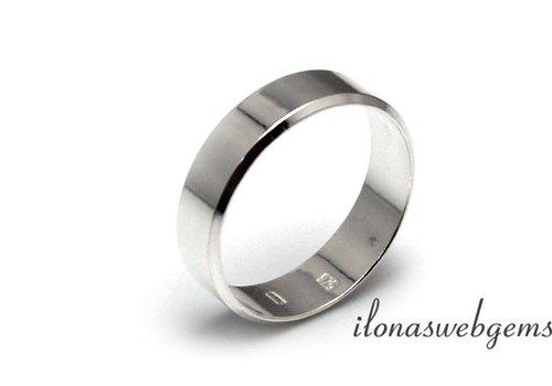 Sterling zilveren ring maat 18.5