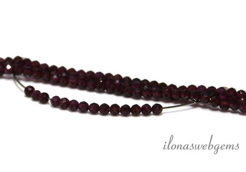 Rhodolite Granat Perlen rund Facette etwa 3 mm AA Qualität