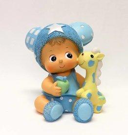 Leuke baby beeldje met een speelpop